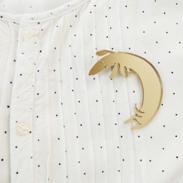 Basset brooch on shirt | Spilla Bassotto | BiCA-Good Morning Design