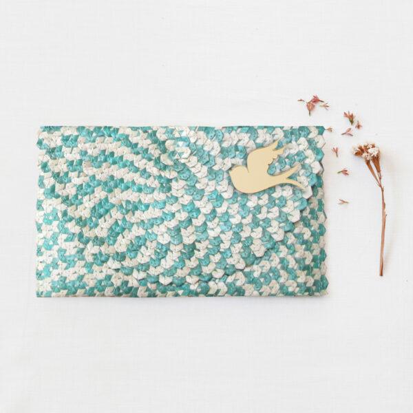 Borsetta clutch in paglia intrecciata azzurra e bianca | borsa paglia | BICA-Good Morning Design