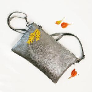 Borsa tracolla laminata argento in vera pelle | BiCA-Good Morning Design