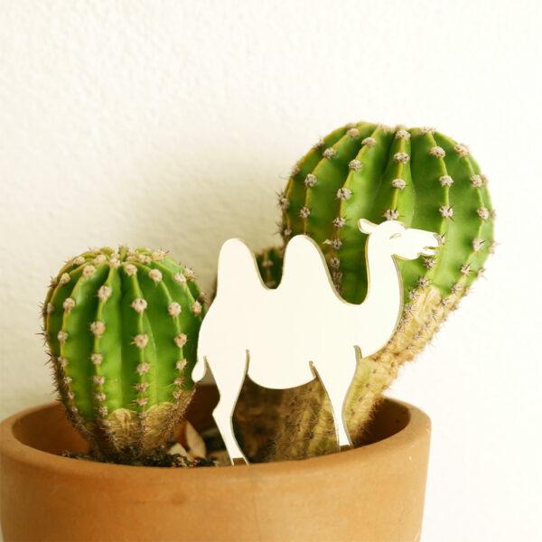 CAMMELLO. Animali esotici per piante in vaso | decorazioni per piante in acrilico oro | BiCA-Good Morning Design