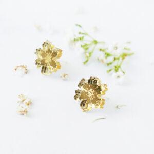 Orecchini floreali oro | orecchini fiore anemone oro | BiCA-Good Morning Design