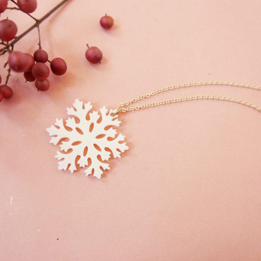SNOW. COLLANA con fiocco di neve | collana minimal dorata | Regalo Natale e inverno | BiCA-Good Morning Design