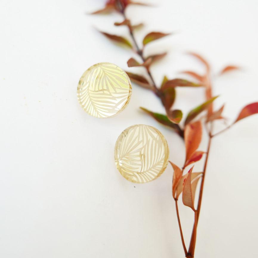 ORECCHINI tondi DOTS. ORO SPECCHIANTE | orecchini texture foglie | BiCA-Good Morning Design