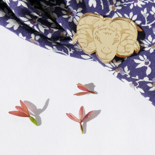 SPILLA CAPRA Zodiaco Cinese oro | Oroscopo cinese | OROSCOPO calendario cinese | BiCA-Good Morning Design