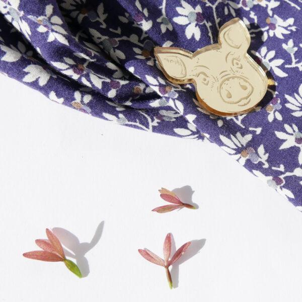 MAIALE | SPILLA Zodiaco Cinese oro | Oroscopo cinese | OROSCOPO calendario cinese | BiCA-Good Morning Design