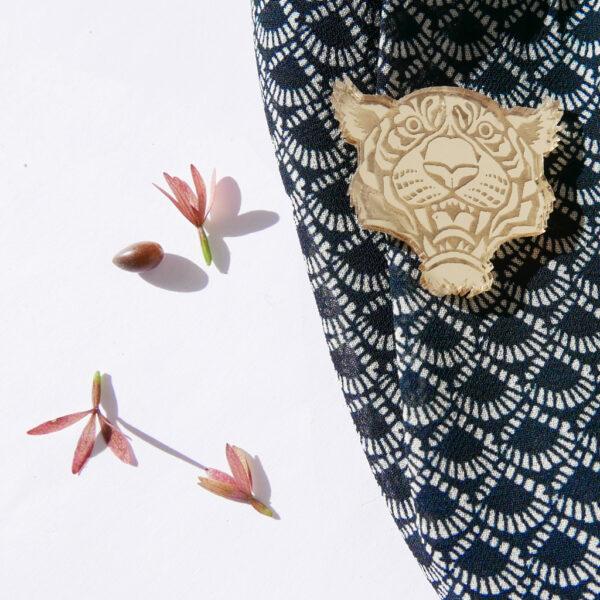 TIGRE | SPILLA Zodiaco Cinese oro | Oroscopo cinese | OROSCOPO calendario cinese | BiCA-Good Morning Design