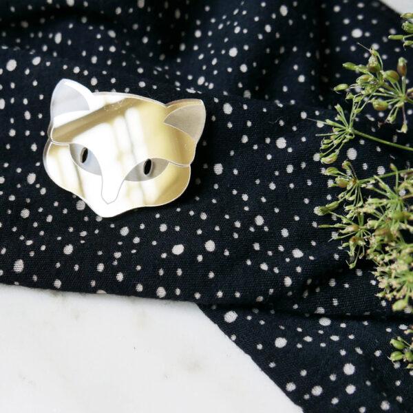 Spilla Gatto fortunato | Lucky Cat brooch | Spille animali dorate gioielli di design e artigianato digitale a Milano | BiCA-Good Morning Design