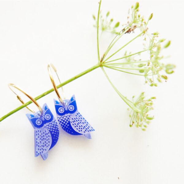 Orecchini Gufo, blu, a cerchio, amuleti della fortuna | Gioielli portafortuna con silhouette animali di design e artigianato digitale a Milano | BiCA-Good Morning Design