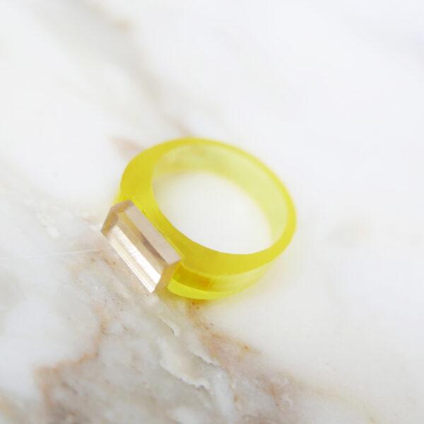 Sunny. Anello minimal di design giallo e oro   Gioielli Milano   BiCA-Good Morning Design