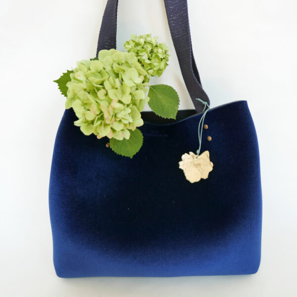 Tote Bag velluto blu e neoprene | borse fatte a mano in Italia | design italiano | BiCA-Good Morning Design
