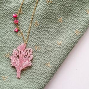 Collana catena lunga Bouquet | illustrazione di Monika Forsberg | BiCA-Good Morning Design | acrilico rosa