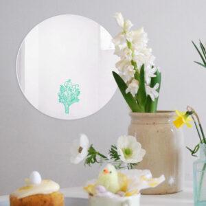 Specchio tondo Bouquet con illustrazione turchese di Monika Forsberg | BiCA-Good Morning Design