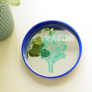 vassoio in stampa 3d con specchio decorato | illustrazione di Monika Fosrberg | BICA - GOOD MORNING DESIGN
